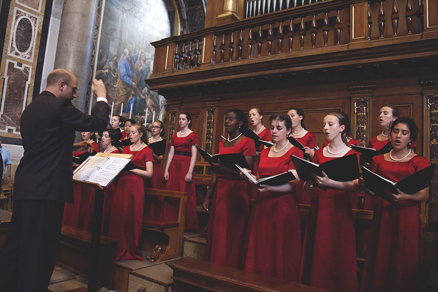 The Choir in Italy