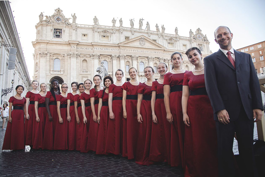 Philadelphia Girls Choir Performing In Italy